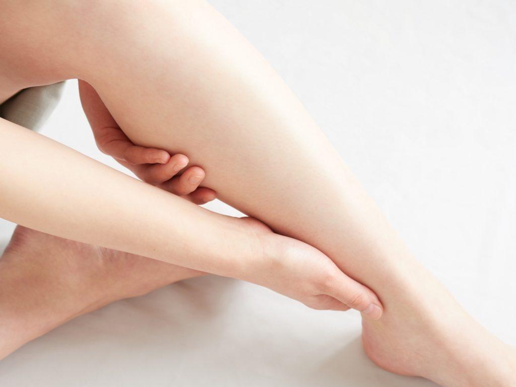 足のセルフマッサージ
